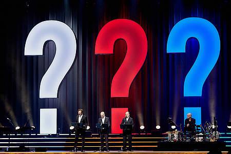 Die Sprecher der drei ??? auf der Bühne